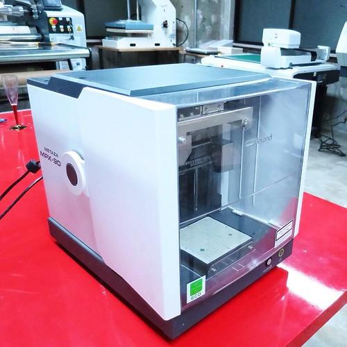 これは、3Dプリンタですね。 #makersbase