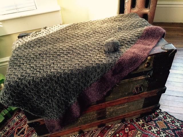 Zigzag handspun alpaca blanket