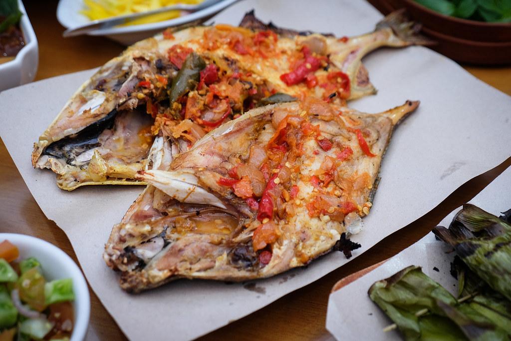 Makassar Food: Rumah Makan Nelayan