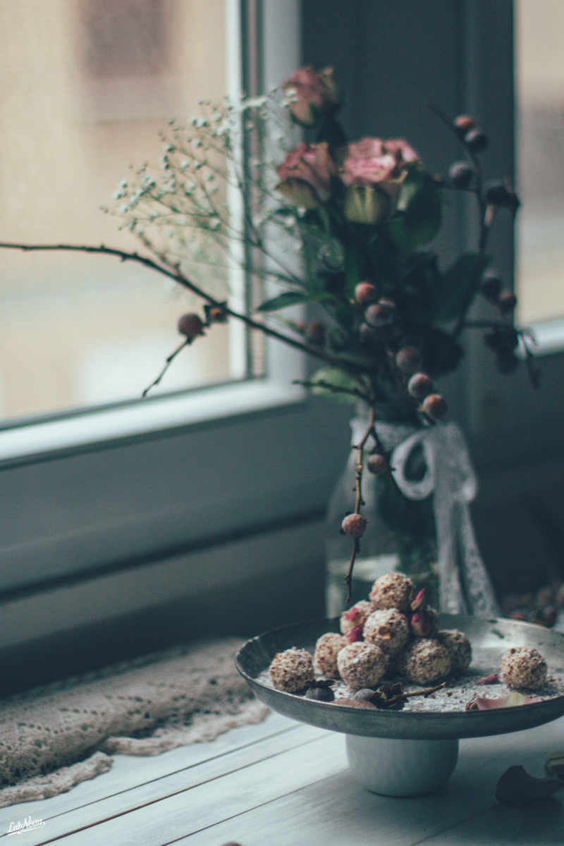 Reusing Christmas Chocolate to make Chocolate Truffles for La Befana, Italian Epiphany-22