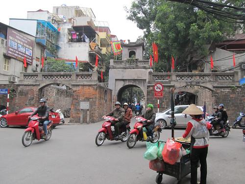 Hanoi: porte de la Vieille Ville