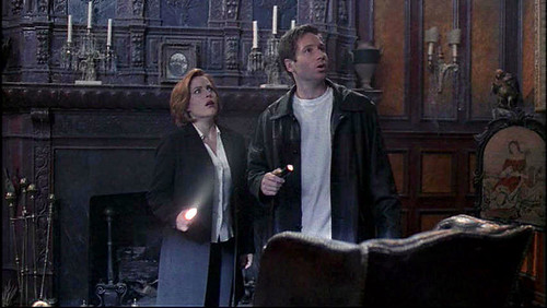 The X-Files - S06 - How The Ghosts Stole Christmas - 2