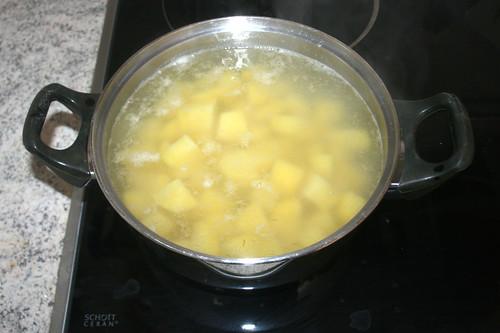 24 - Kartoffeln bissfest kochen / Cook potatoes