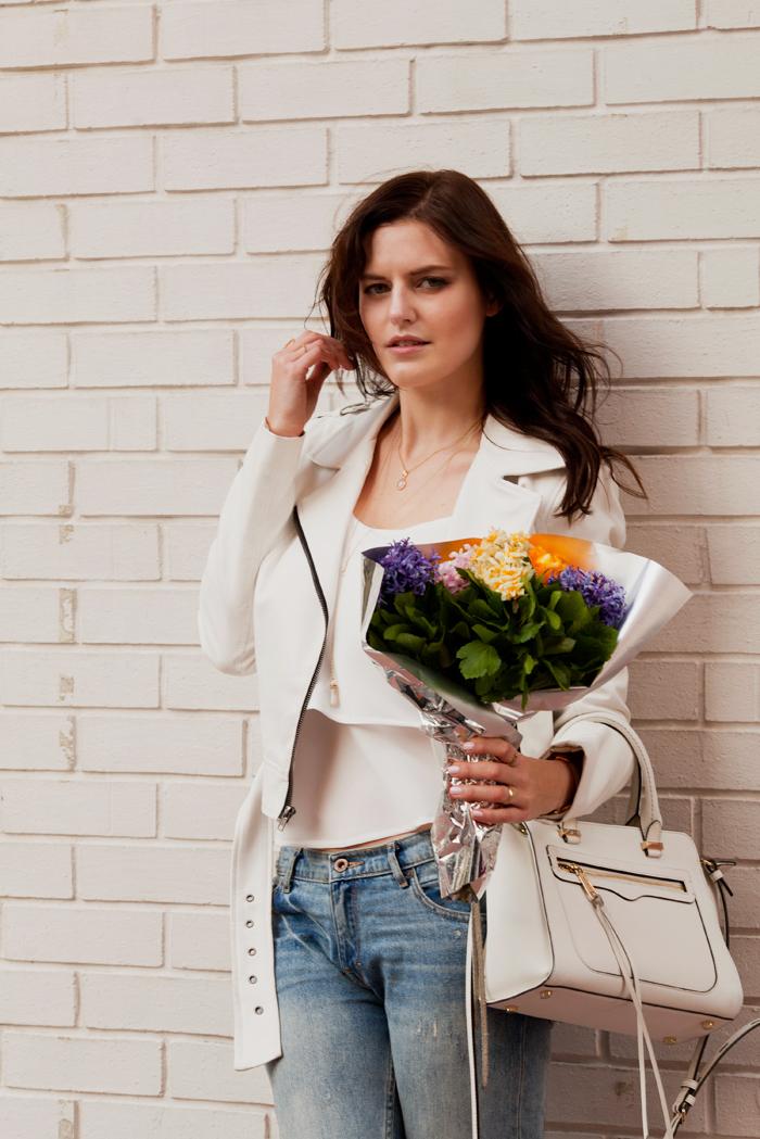 Belmto silk brooklyn top, beauty in white