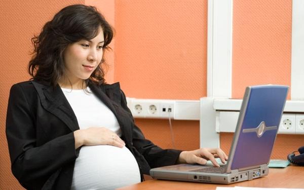 Những tư thế ngồi phải kiêng khi mang thai 2