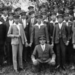 Der Billeder Jugendverein 1935, Peter Thöresz in Hocke.
