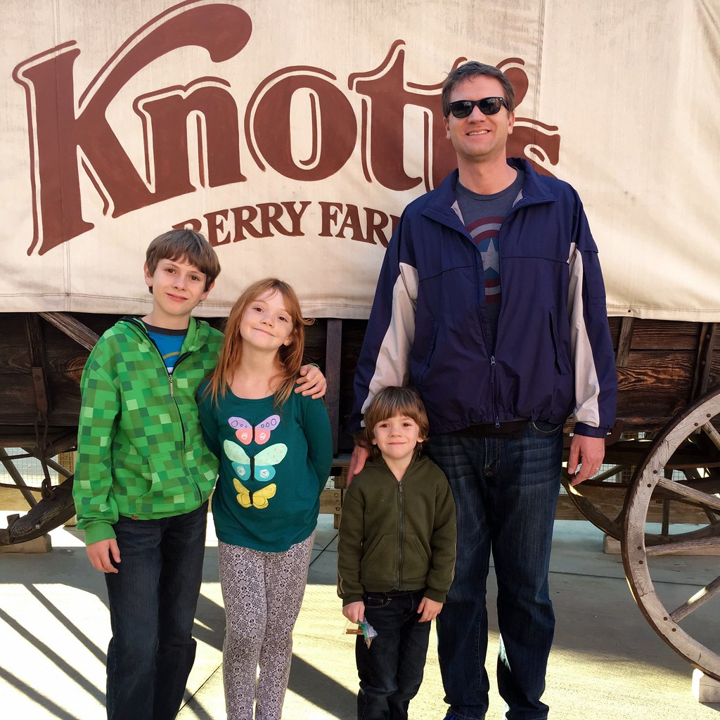 Knotts-Berry-Farm
