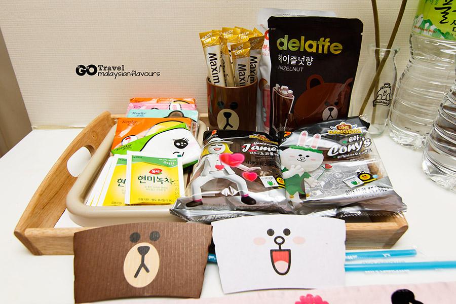 Room+Plus Hostel Korea cake bun