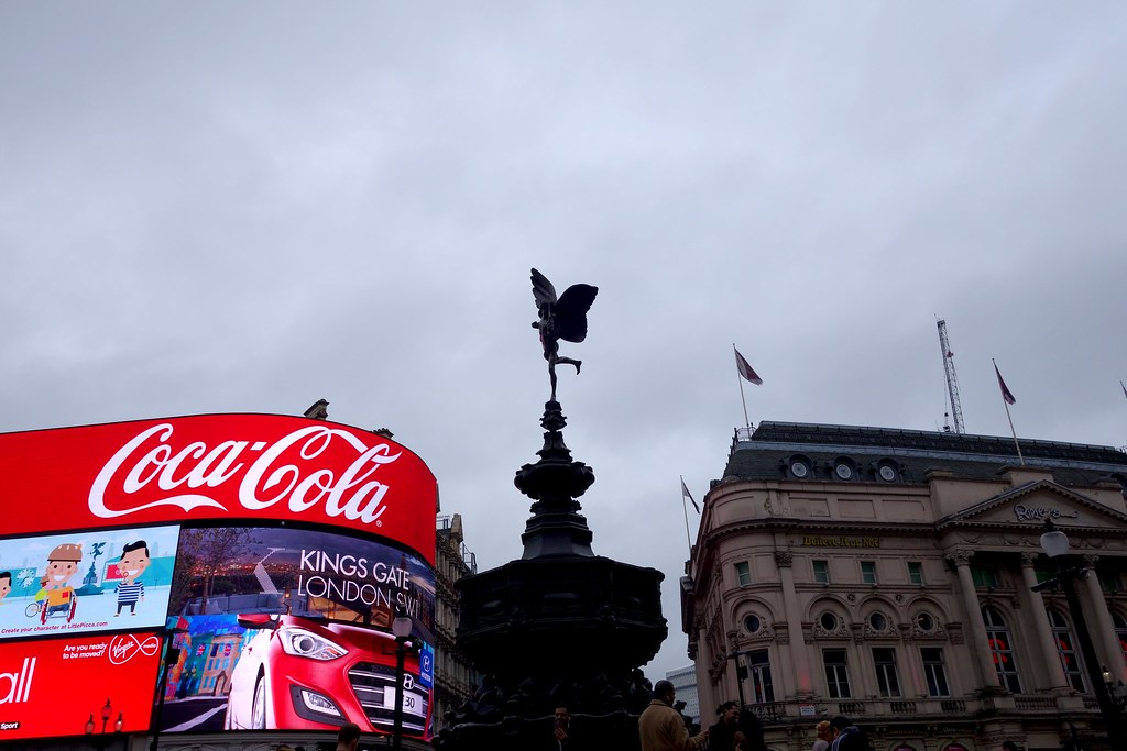 Piccadilly Circus, London, #TravelexTourist