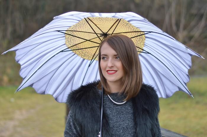 un giorno di pioggia, wildflower girl (17)