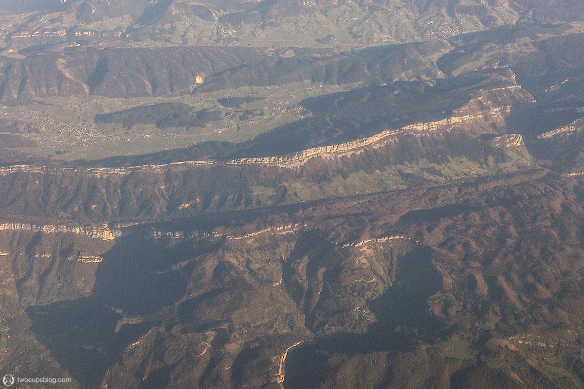 Flight over the Alpes