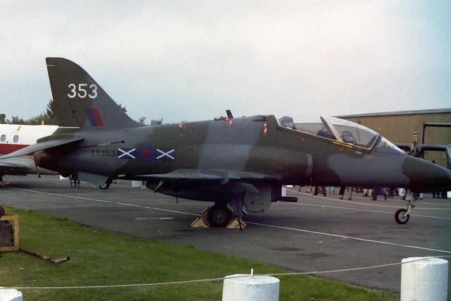 XX353/353 Hawk T.1