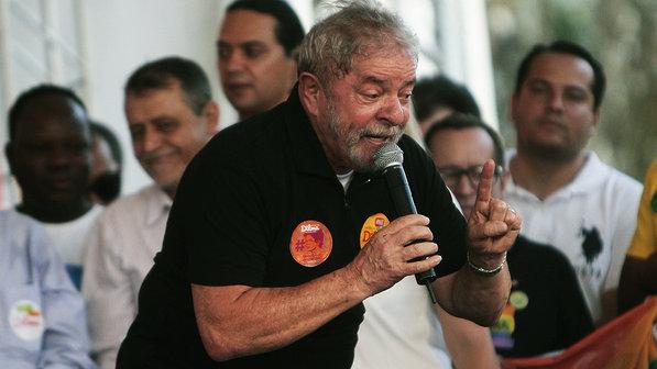 Presidente Dilma confirma Lula como novo chefe da Casa Civil