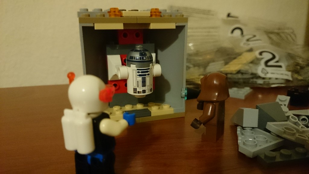 ThebrickReview: LEGO 75136 - (Star Wars) Droid Escape Pod (Pic Heavy!) 25283103183_ef567cb31f_b
