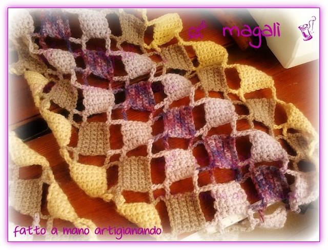 sciarpa quadratini pieni e vuoti panna beige lilla (5)