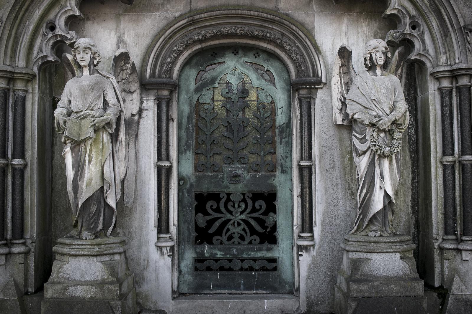 james mcdonald's mausoleum, mausoleum, brompton cemetery
