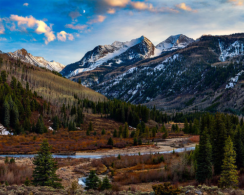 sunset usa moon mountains canon rockies evening colorado marble aspen crestedbutte canonllens westelk elkmountains canon5dmkii