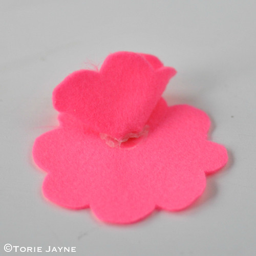 Felt Flower Brooch Tutorial 7