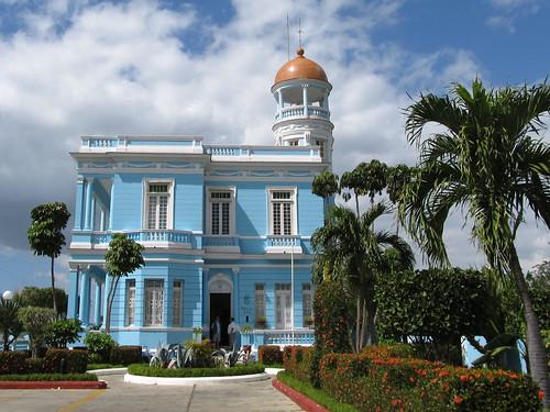 Cienfuegos: el Palacio Azul