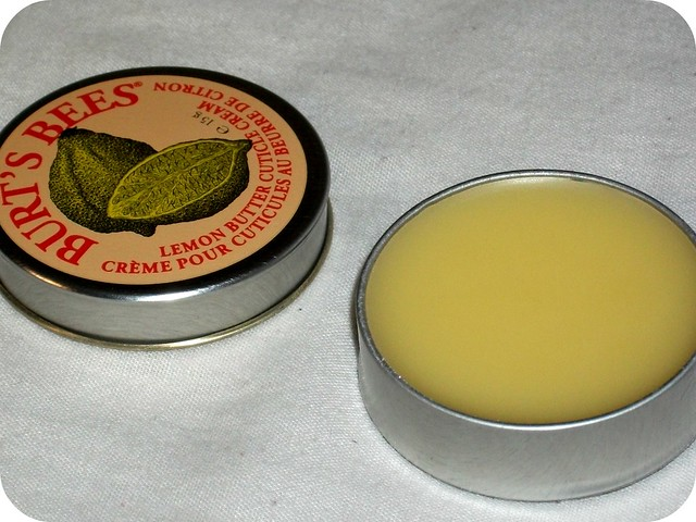 Burt's Bees Lemon Butter Cuticle Cream Review