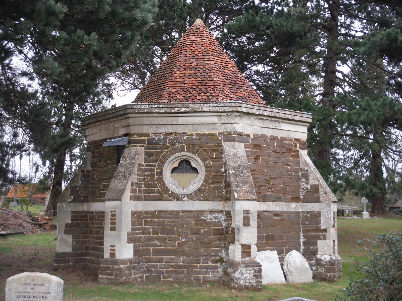 Ailesbury Mausoleum & Crypt, Maulden SWC Walk 231 Flitwick Circular