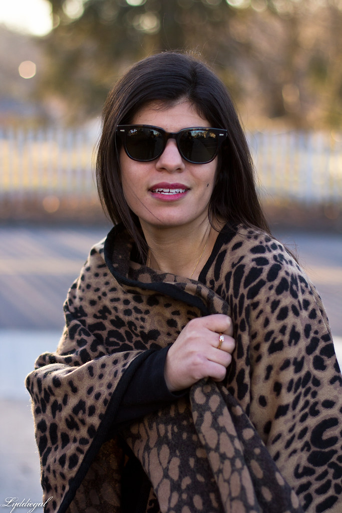 leopard poncho, black tee, black boots, red coach bag-5.jpg