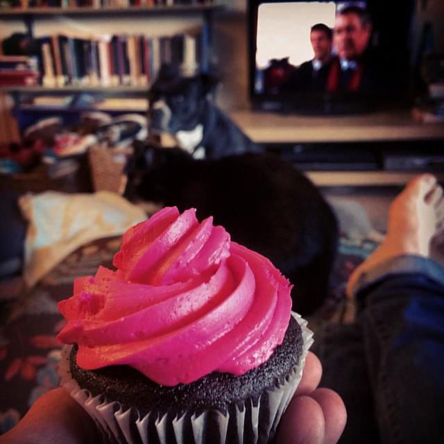Reward Time #netflixandchill #cupcakes