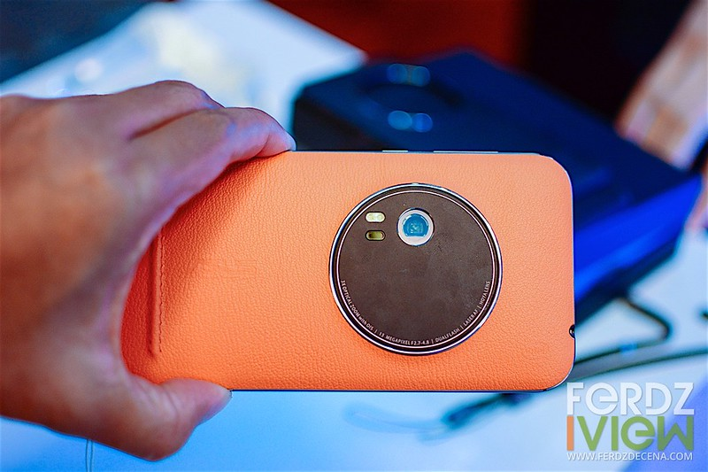 The orange variant but with the same good feel of the leather covered rear of the phone