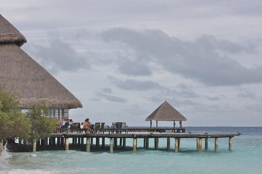malediivit resort edullisemmin