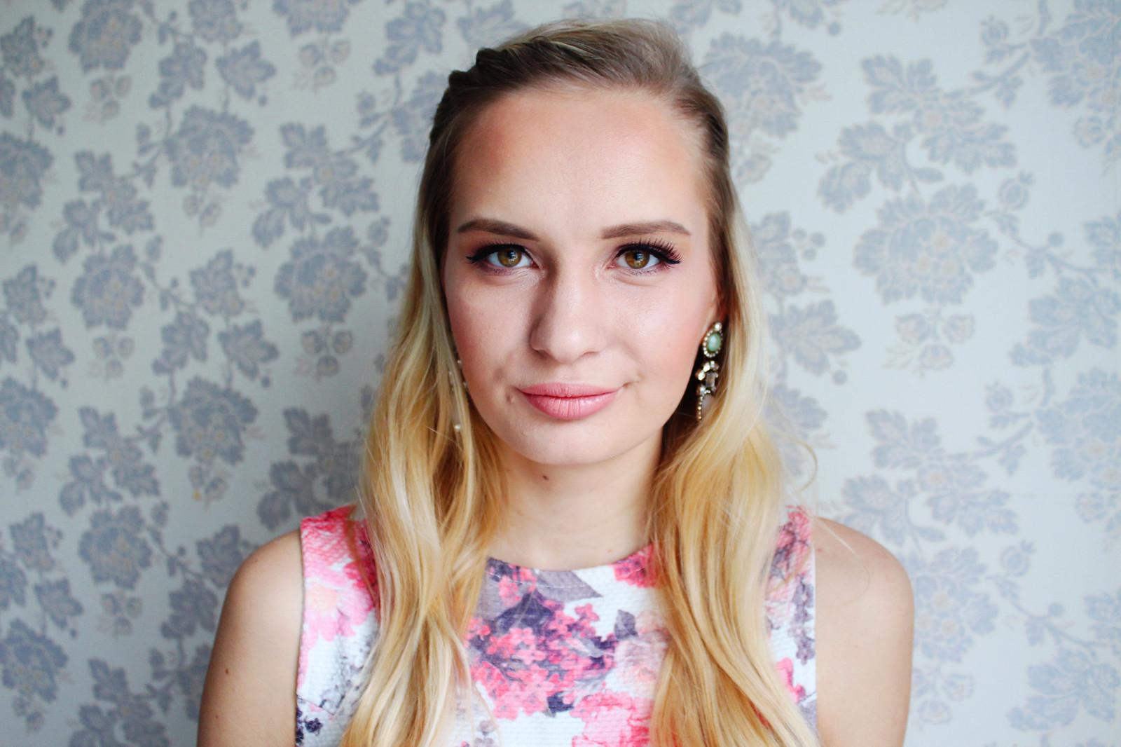 Soft and feminine makeup