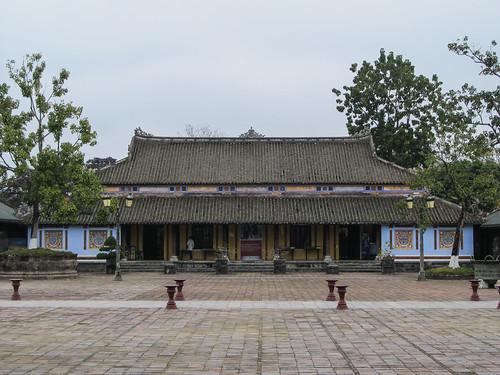 La Citadelle de Hué: le Hall des Mandarins
