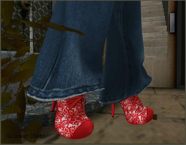 Lacey Valentine