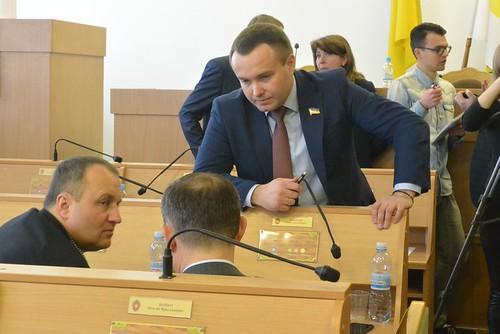 Корнійчук залишається чинним головою, а що робити з Ковальчуком — має роз'яснити суд
