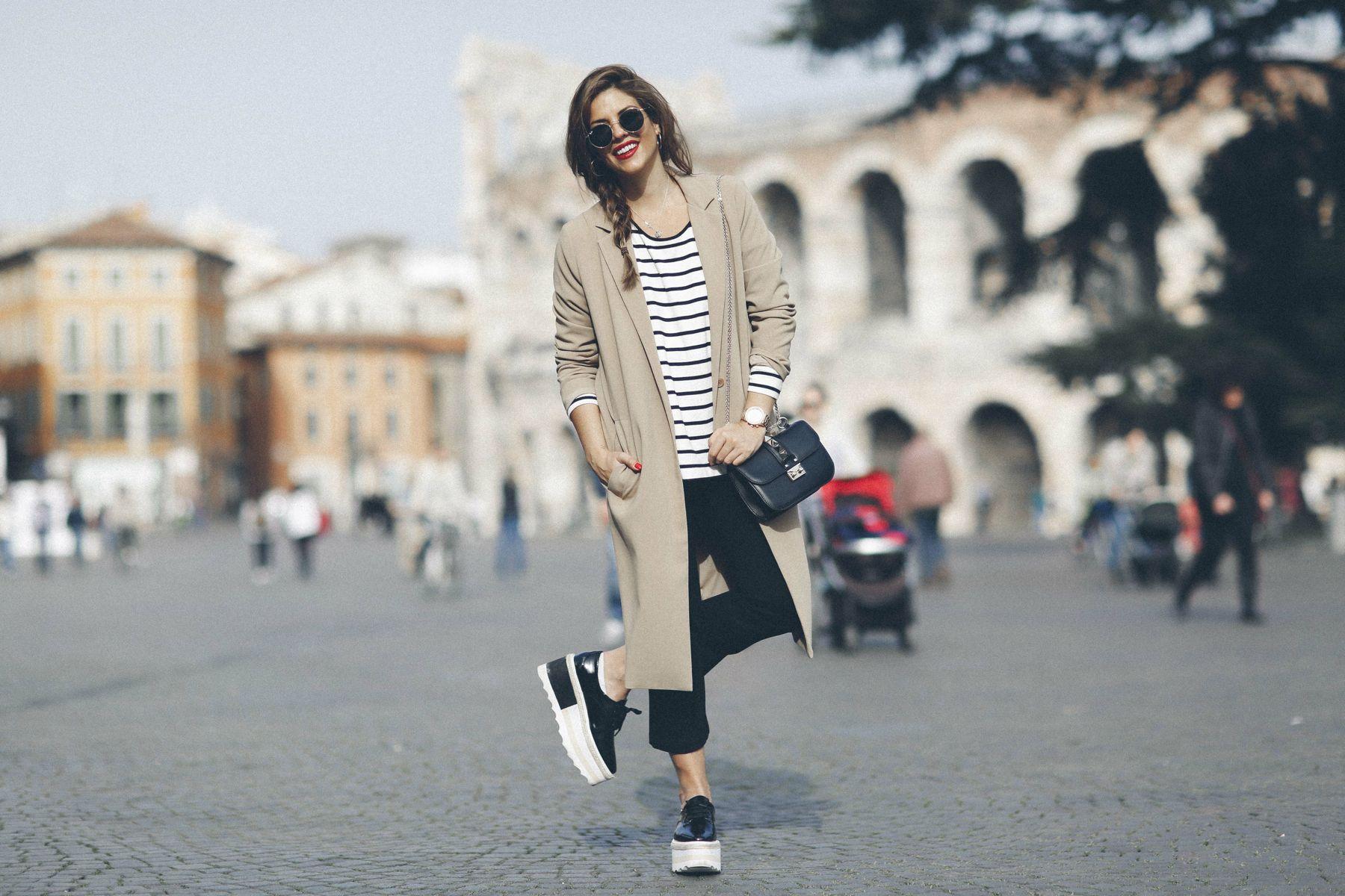 outfit look primavera spring rayas stripes zara mango valentino bolso bag blazer rayban verona street style trendy taste_9