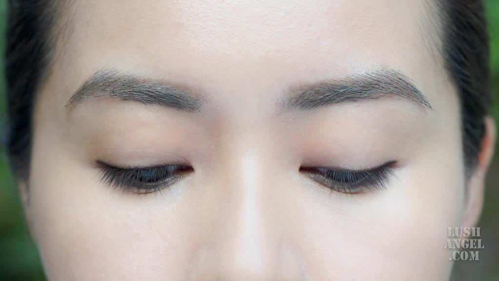 estee-lauder-double-wear-liner-brown