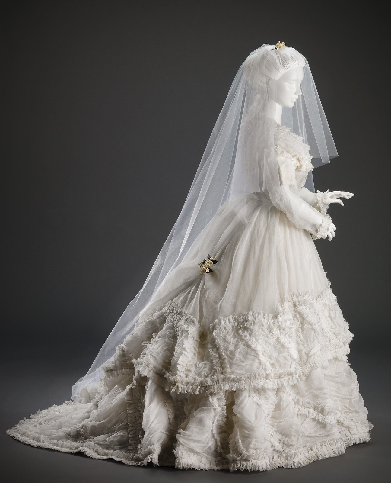 1868 Wedding Dress. American. Cincinnati Art Museum