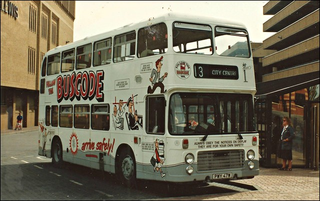 Viscount Bus and Coach 77 PWY47W
