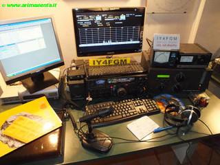 Una moderna postazione radio della IY4FGM