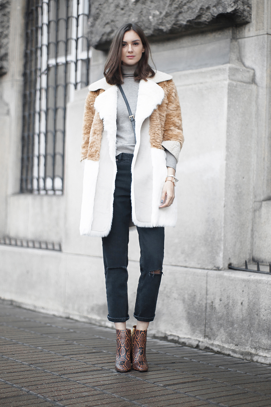 street-style-fake-patchwork-fur-coat