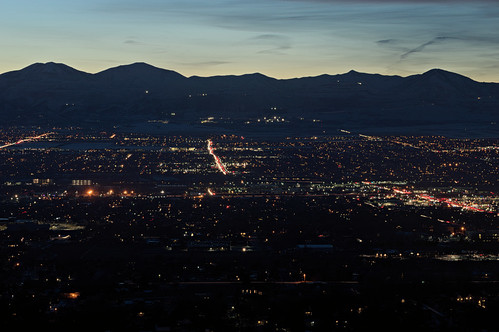 sunset utah valley citylights statestreet highway89 interstate15 saltlakevalley oquirrh binghamcanyon oquirrhmountains bonnevilleshorelinetrail lowepeak lebarodea orsonsmithtrailhead