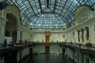 Santiago - Museo Nacional Bellas Artes lobby