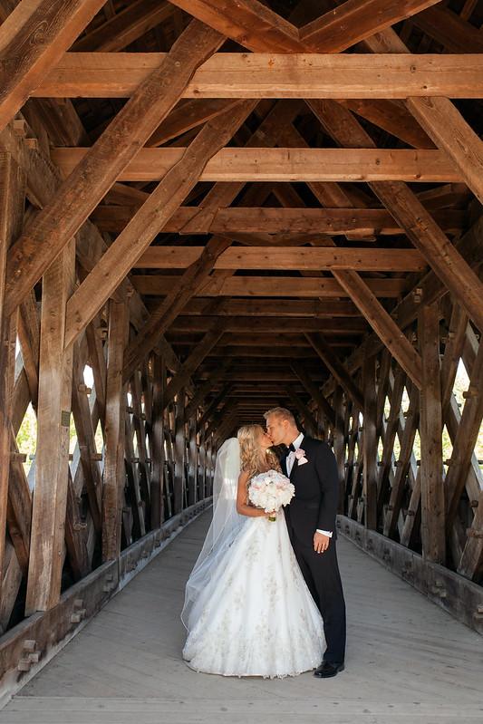 Krysten & Charles | Guelph Soft & Romantic Wedding
