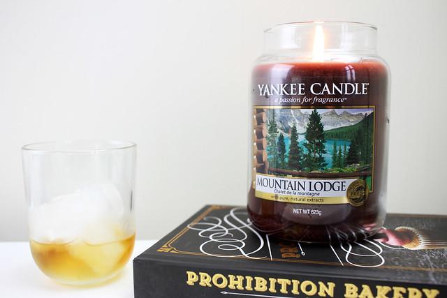 Mountain Lodge candle