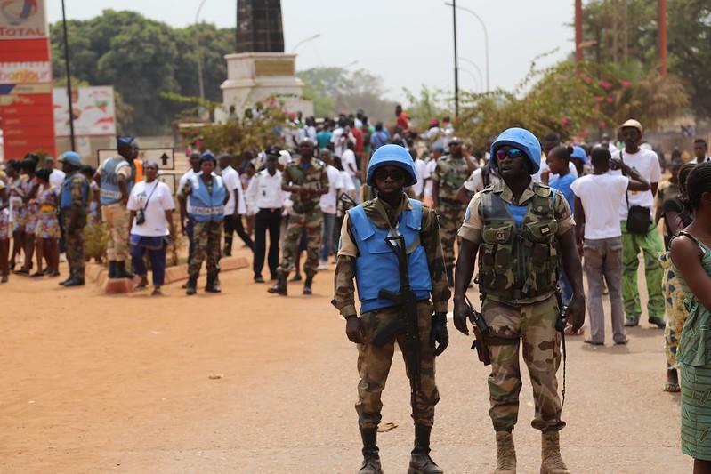 Intervention militaire en Centrafrique - Opération Sangaris - Page 21 24166706960_727d8cd688_c