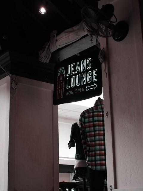 Jeans Lounge