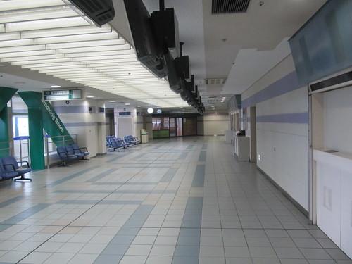 京都競馬場の旧401号投票所