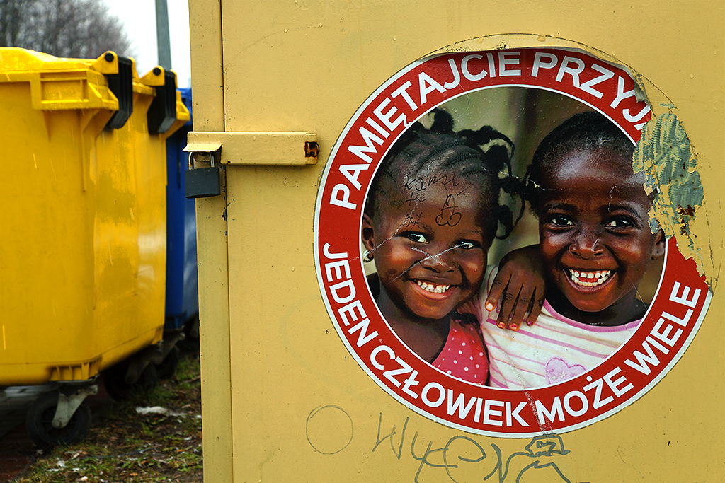 Two smiling black kids--Zgorzelec