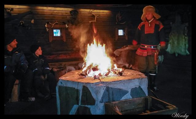 Laponia motos nieve renos pueblo papa noel - Ceremonia del cruce del Círculo Polar Ártico