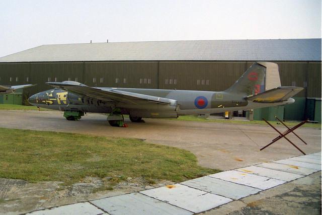 XH133 Canberra PR.9