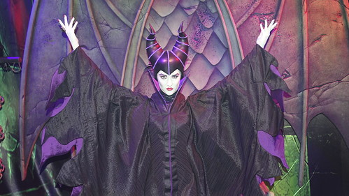 Maleficent at Club Villain at Disney's Hollywood Studios in Disney World (106)